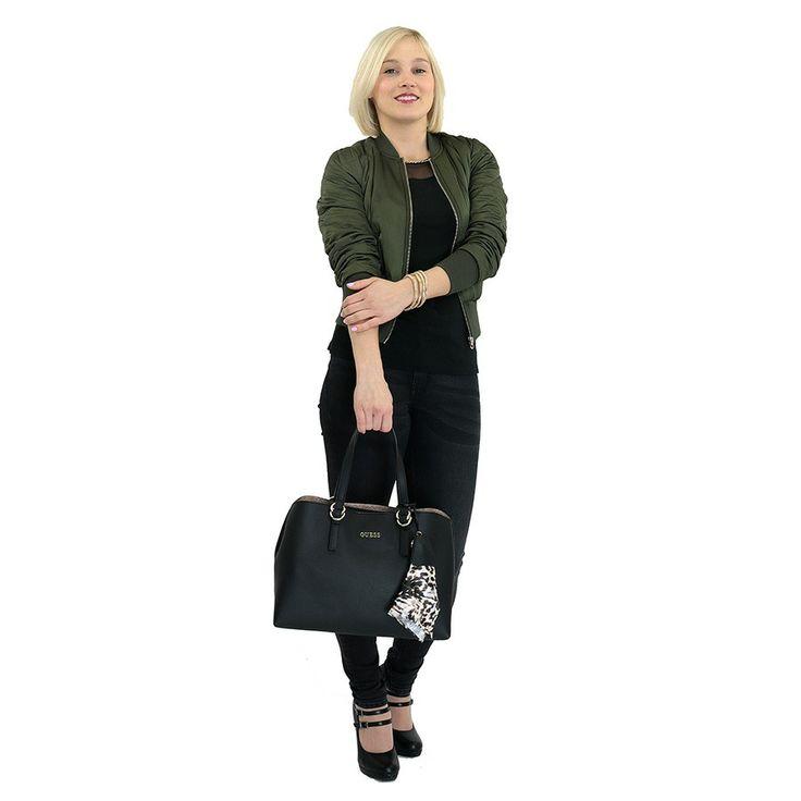 Kabelka Guess HWTULIP7206, černá | Delmas.cz - kabelky, peněženky, pánské tašky, cestovní zavazadla