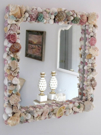 gunna do something like this with the shiny pearly insides of shells...  it will look beautiful :)  would look cool in a bathroom