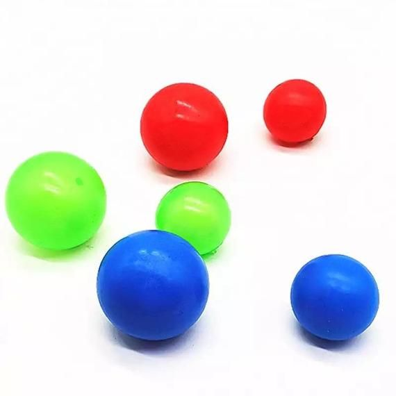 Minute To Win It Games Sticky Balls Players Roll Marbles From One Side Of The Table To The O Gruppenspiele Fur Kinder Coole Kinderspiele Indoor Kinder Spiele