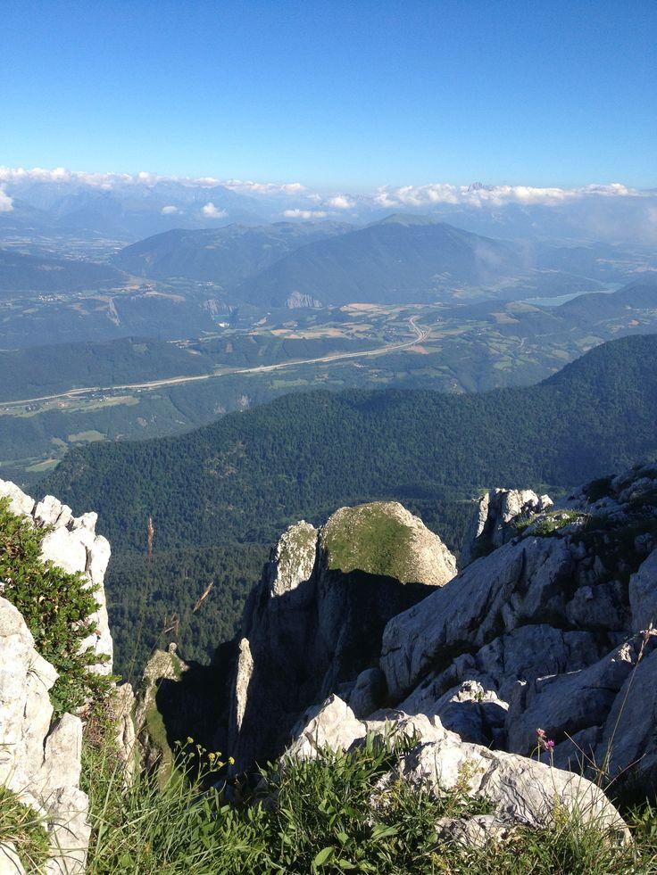 Panorama depuis le Pas de l'Oeille (1960m) dans le massif du Vercors - Aout 2013