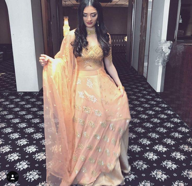OPinterest Vandanabadlanio Indian Wedding Ideas And Inspiration Lehenga Suits Dress CodesModern