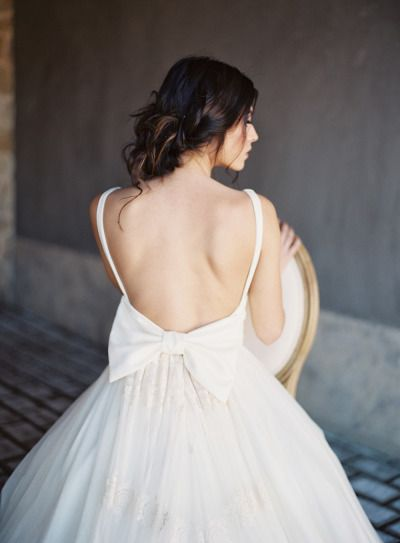 Open back bow-dress: http://www.stylemepretty.com/destination-weddings/2015/05/28/romantic-spring-wedding-inspiration-in-the-greek-mediterranean/ | Photography: Les Anagnou - http://lesanagnou.com/