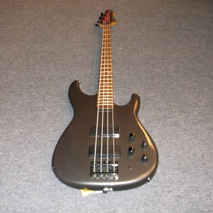 used peavey dyna bass grey bass guitars music go round bass guitar music bass. Black Bedroom Furniture Sets. Home Design Ideas