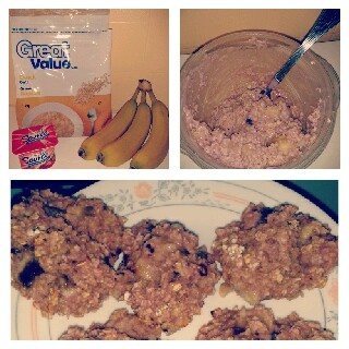 healthy cookies: just need 1 cup of oatmeal, 1 banana and 1 pot of yogourt! 15 min. at 350F ... Enjoy it