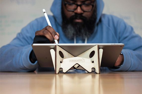 Artist Rob Zilla shows potential of iPad Pro with Adobe Illustrator Draw, Apple Pencil