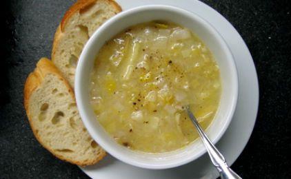 Σούπα βελουτέ με πράσο και κρέμα γάλακτος