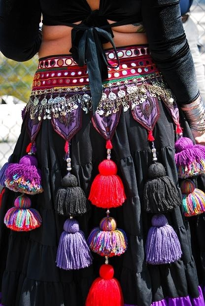 Tribal Dance Tassel Belt