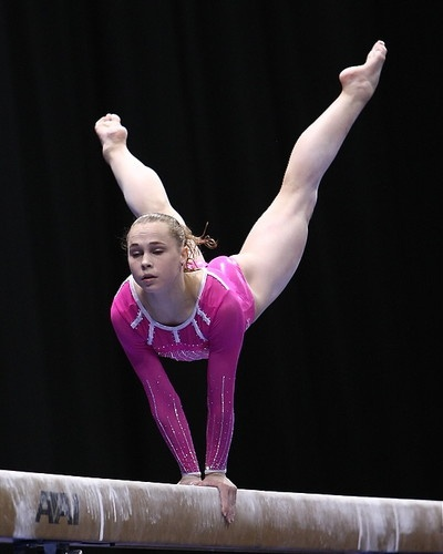 Beautiful gymnast pic 53