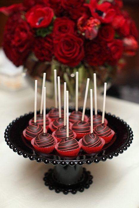 Valentine's Day Black Velvet Cake Lollipops #cakepops