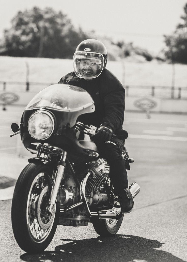 1000 images about bike on pinterest cb550 cafe racer for Garage honda montlhery