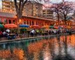 Top 10 San Antonio Riverwalk Hotels - http://www.traveladvisortips.com/top-10-san-antonio-riverwalk-hotels/
