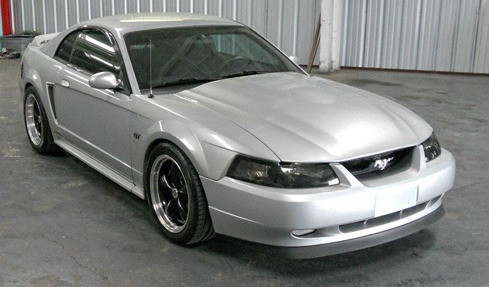 2000 ford mustang gt coupe 2 door 4 6l click to find out. Black Bedroom Furniture Sets. Home Design Ideas