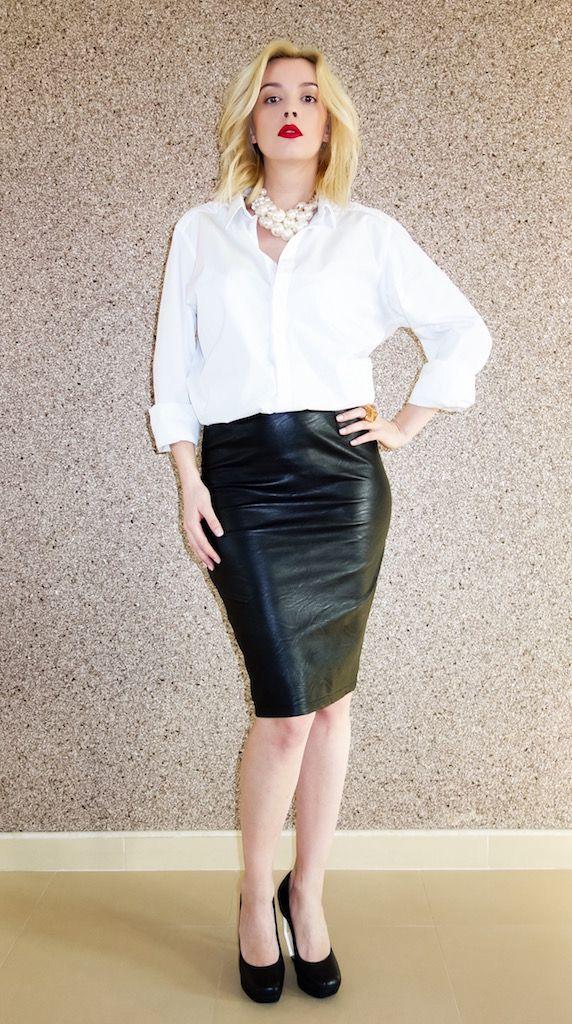 camasa iubitului 1 Diva-Charms skirt,  accesoriialese.ro necklace