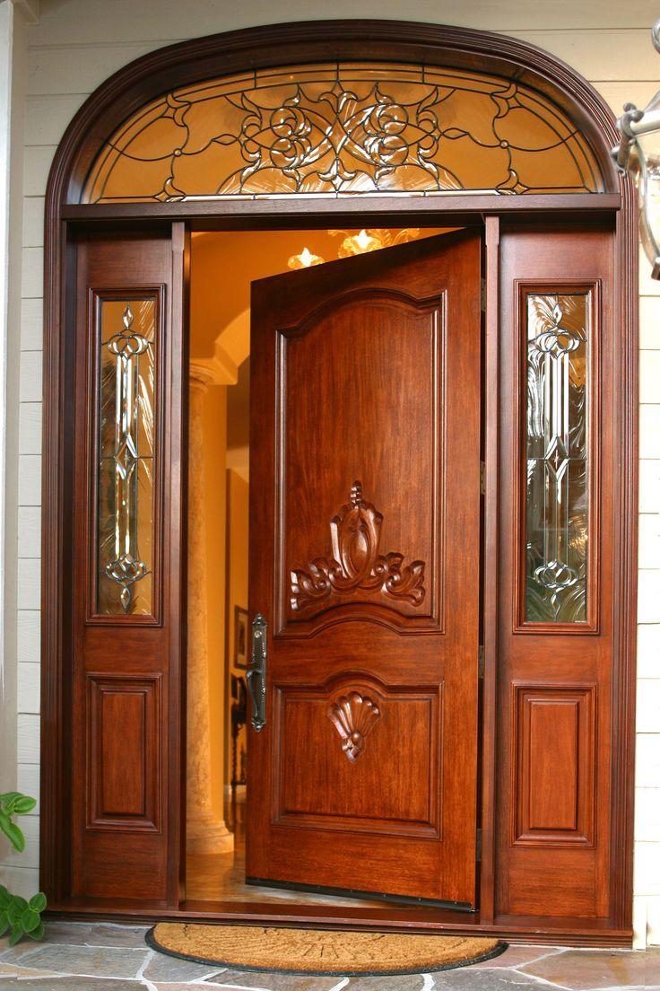 Фото разнообразных дверей деревянных