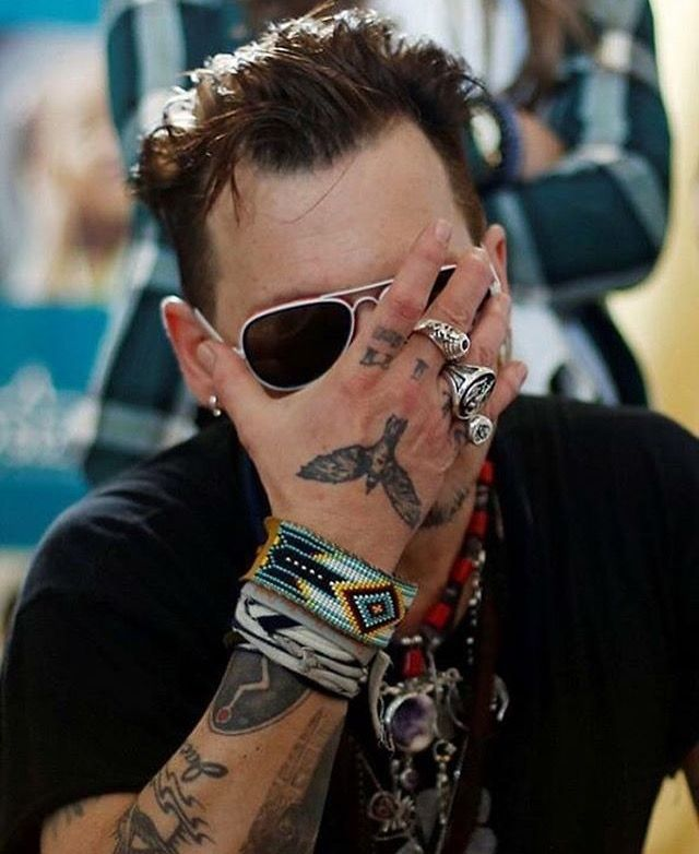 The look u give people when there actin like idiots!!lol love you johnny depp