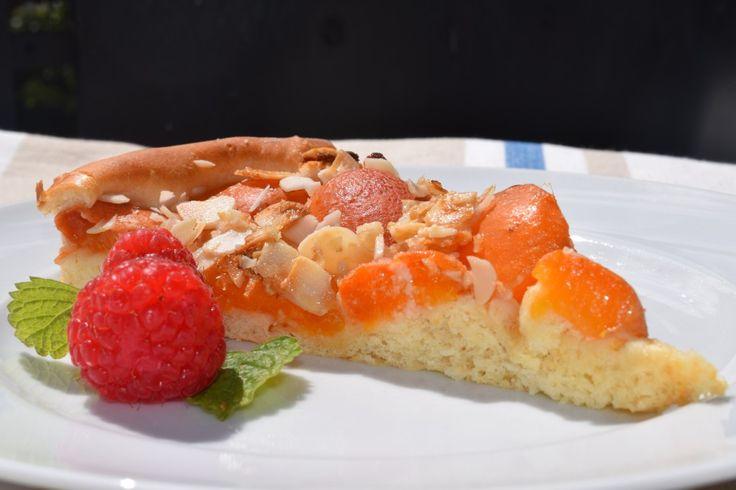 Und jetzt gibt's Aprikosen!     http://herdanziehungskraft.lefering-online.de/?p=485 #aprikosenkuchen