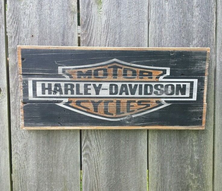Harley Davidson Sign ** Wooden ** hand painted one of a kind.