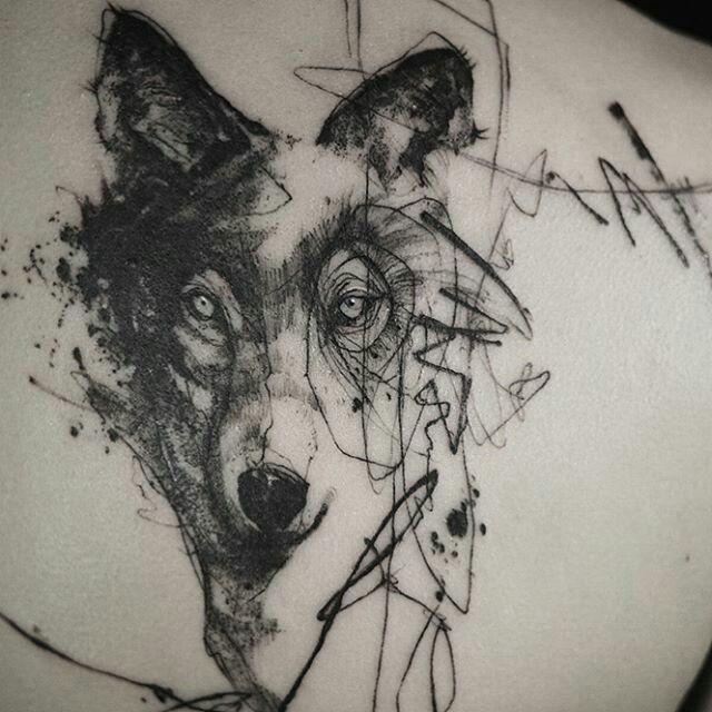 Tattoo done by: @tattooer_nadi #wolf #wolftattoo #tattoowolf #lobo