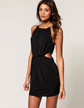 Images of dress with chain in neck of dress