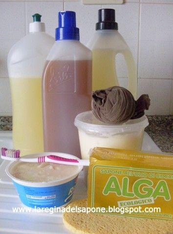 Abbiamo visto nell'articolo sapone ALGA per lavatrice  le diverse possibilità di utilizzo del sapone Alga per i lavaggi della biancheria i...