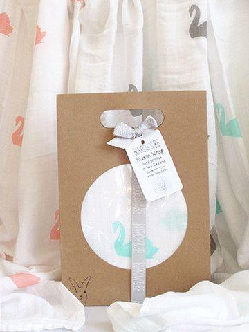Bamboo/cotton muslin wrap - Swan Print