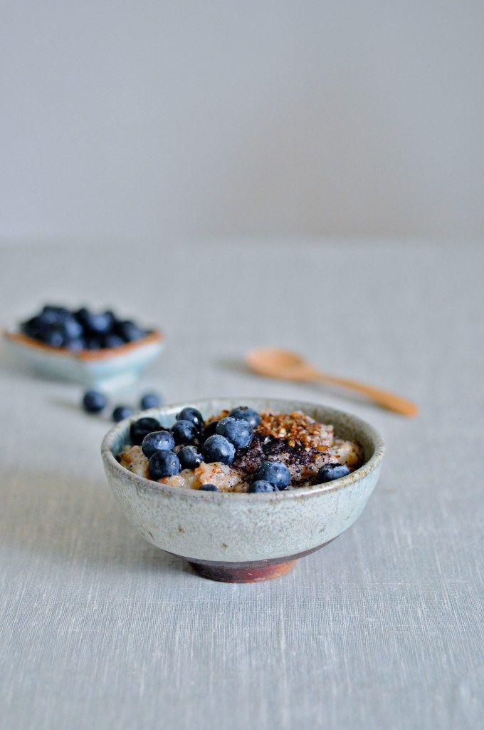 Sund grød til morgenmad med blåbær | www.juliekarla.dk