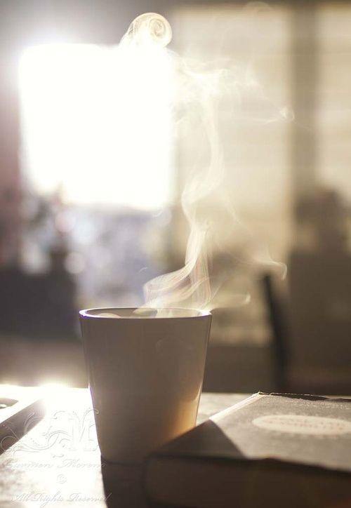 I think my PNW roots are sinking back in... This reminds me of crisp fall mornings when all you want to do is wrap your cold hands around a hot drink.