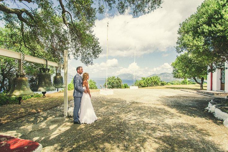 Bride and groom photo!!! #wedding #photos #weddingingreece #mythosweddings #kefalonia