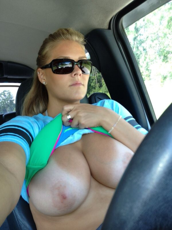 Vehicle flash boob