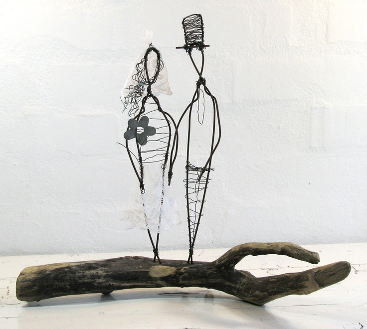 Wire Sculpture Wedding Couple by Idestudiet. © 2012 All rights to this design reserved by Idestudiet.