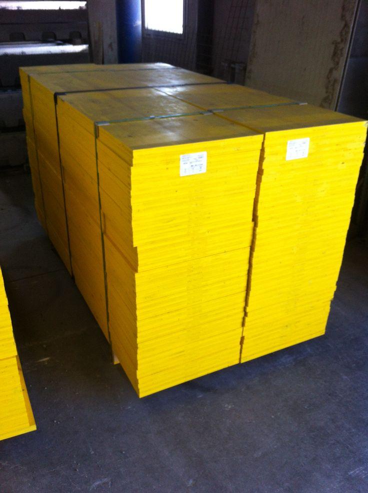 Pannelli in legno a tre strati per casseforme manufatti for Obi pannelli legno