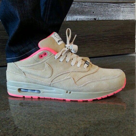 Nike Air Maxim 1 Air Attack Vivid Pink Shoes
