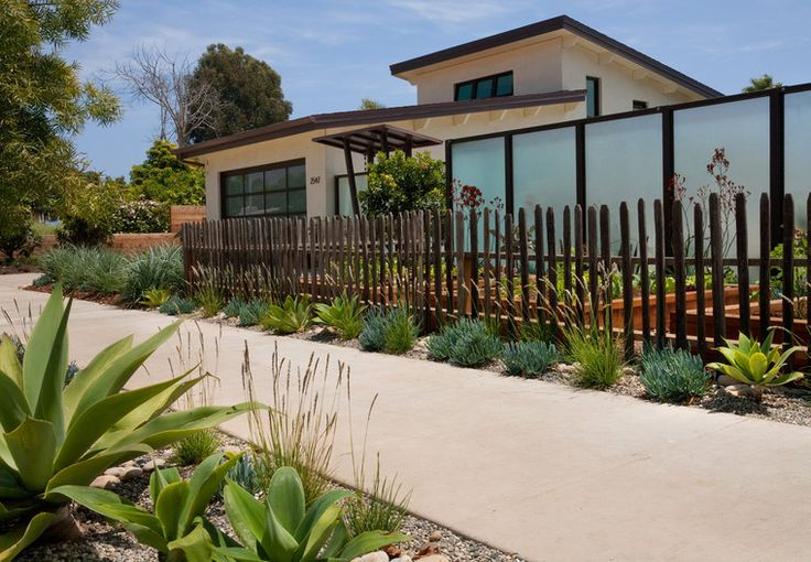 streetscape sidewalk curb appeal rustic picket fence. Black Bedroom Furniture Sets. Home Design Ideas