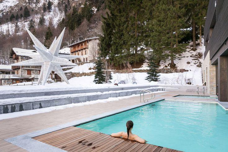 Heated pool to enjoy the snow
