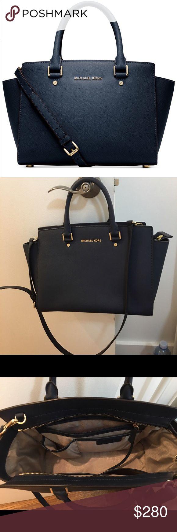 Michael Kors Selma Large Navy 99.9%new! with dust bag! No sign of wear. Fit 13' MacBook air. Best work bag!original price$358+tax Michael Kors Bags Satchels