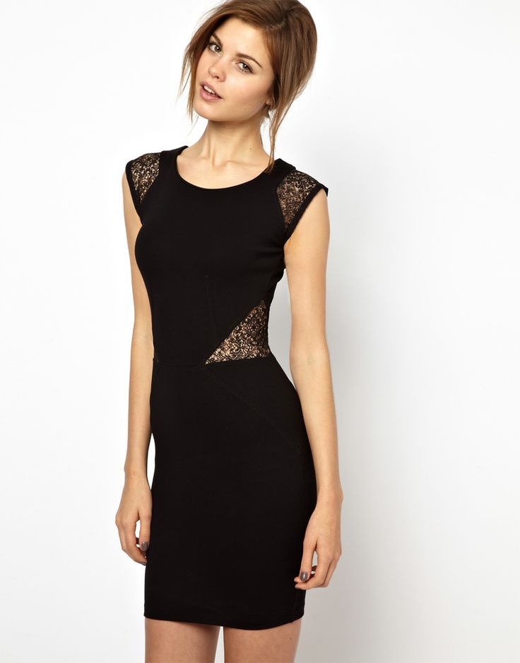Black Sleeveless Contrast Lace Hollow Dress for all Occasions