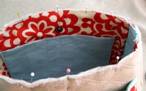 Lining Tutorials- since I always manage to forget this when I'm making up a bag as I go...