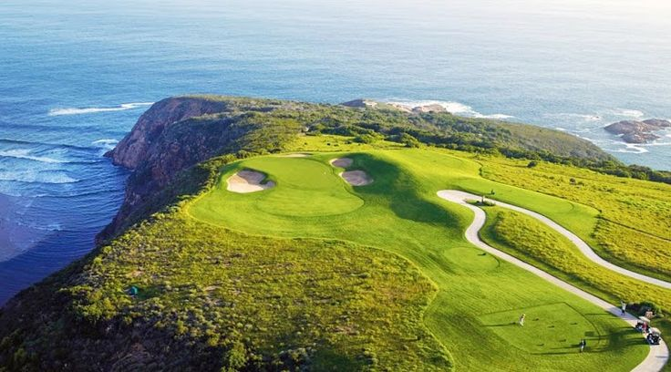 Beautiful golf course found in Oubaai, South Africa
