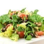 Salade met gerookte zalmmoot