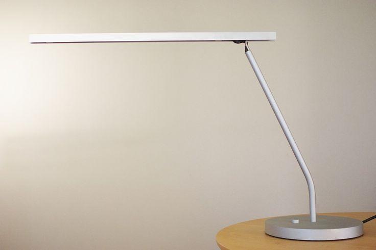 Desk Lamp BA11 Maarten Van Severen - album. ミッドセンチュリーのデザインを中心に生活が楽しくなるテーブルウェアやインテリア雑貨を扱うセレクトショップ。Eames(イームズ)、Adam Silverman(アダム・シルバーマン)、Peter Shire(ピーター・シャイヤー)、Heath Ceramics(ヒースセラミックス)など。