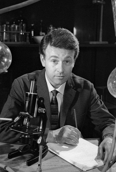 William Russell, the actor who played companion Ian Chesterton during William Hartnell's run as the first Doctor Who