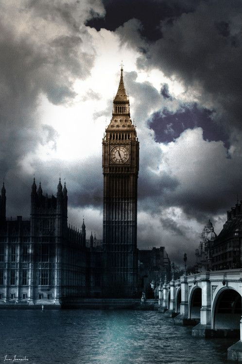 Big Ben in the clouds, London.