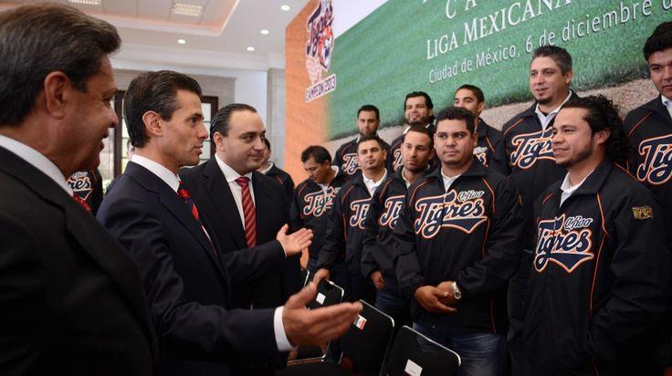 El Presidente Enrique Peña Nieto Recibe y Felicita a los Campeones de la Liga Mexicana de Béisbol, Tigres de Quintana Roo