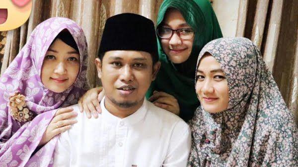 1 Atap 3 Cinta Penuh Kebahagiaan Poligami tanpa Dusta! http://ift.tt/2nN58Iu