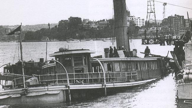 Midget submarine attack on sydney