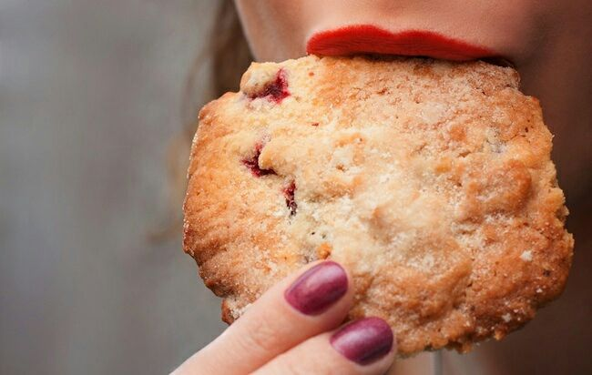 Why Some People Have a Sweet Tooth and Others Crave Salty Foods   http://www.womenshealthmag.com/health/why-some-people-have-a-sweet-tooth?utm_content=bufferea2f2&utm_medium=social&utm_source=pinterest.com&utm_campaign=buffer