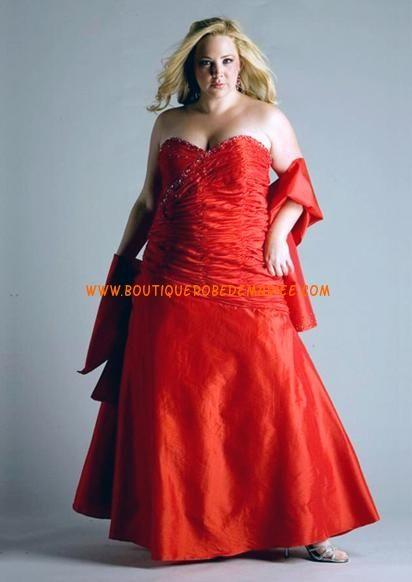 Robe de Mariée rouge grande taille longue ras du sol