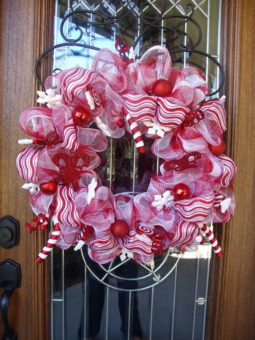 red/white candy cane inspired wreath