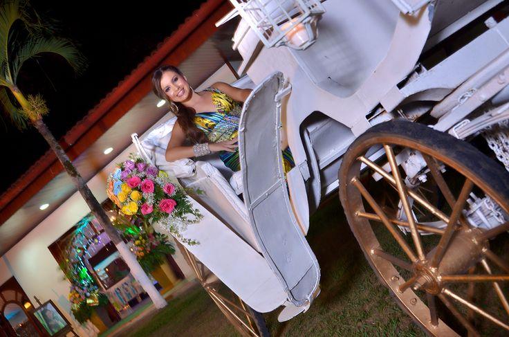Fiesta de quince años de Valentina #FotografosFiestasDeQuinceCali