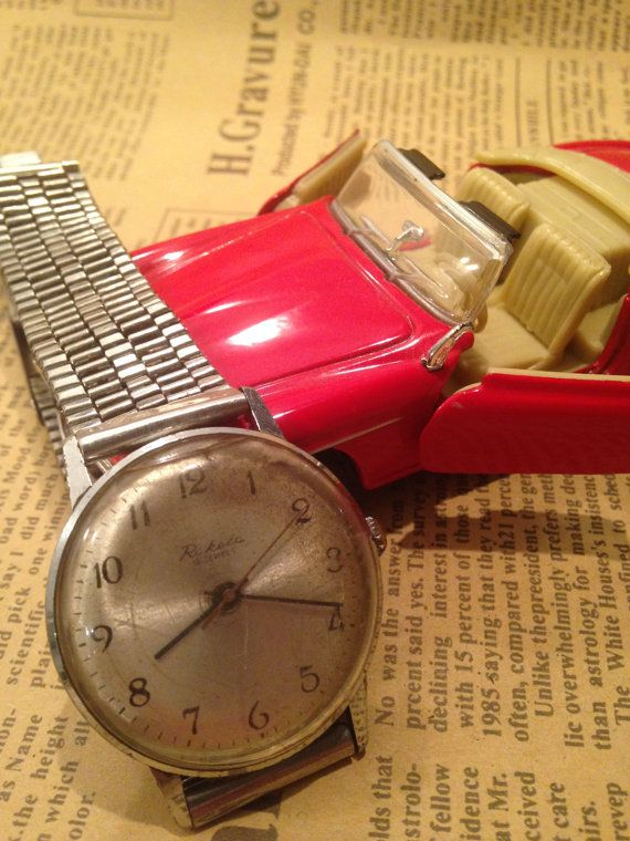 USSR (Soviet Union) RAKETA special limited edition wrist watch 1960 Ultra Ultra Rare !!!!!!!!! GOOD CONDITION!!!!!!!!!!!  Unique model on Etsy !   Beautiful model! Fully working condition. Everything is original! Most of the watches were collected by my father for the past 40 years. Each one contains a small part of history , so order without any worries guys :)  I have a few russian watches listed , so you can choose the best that suit you or your needs.     !!!**** BEST DEALS HERE…